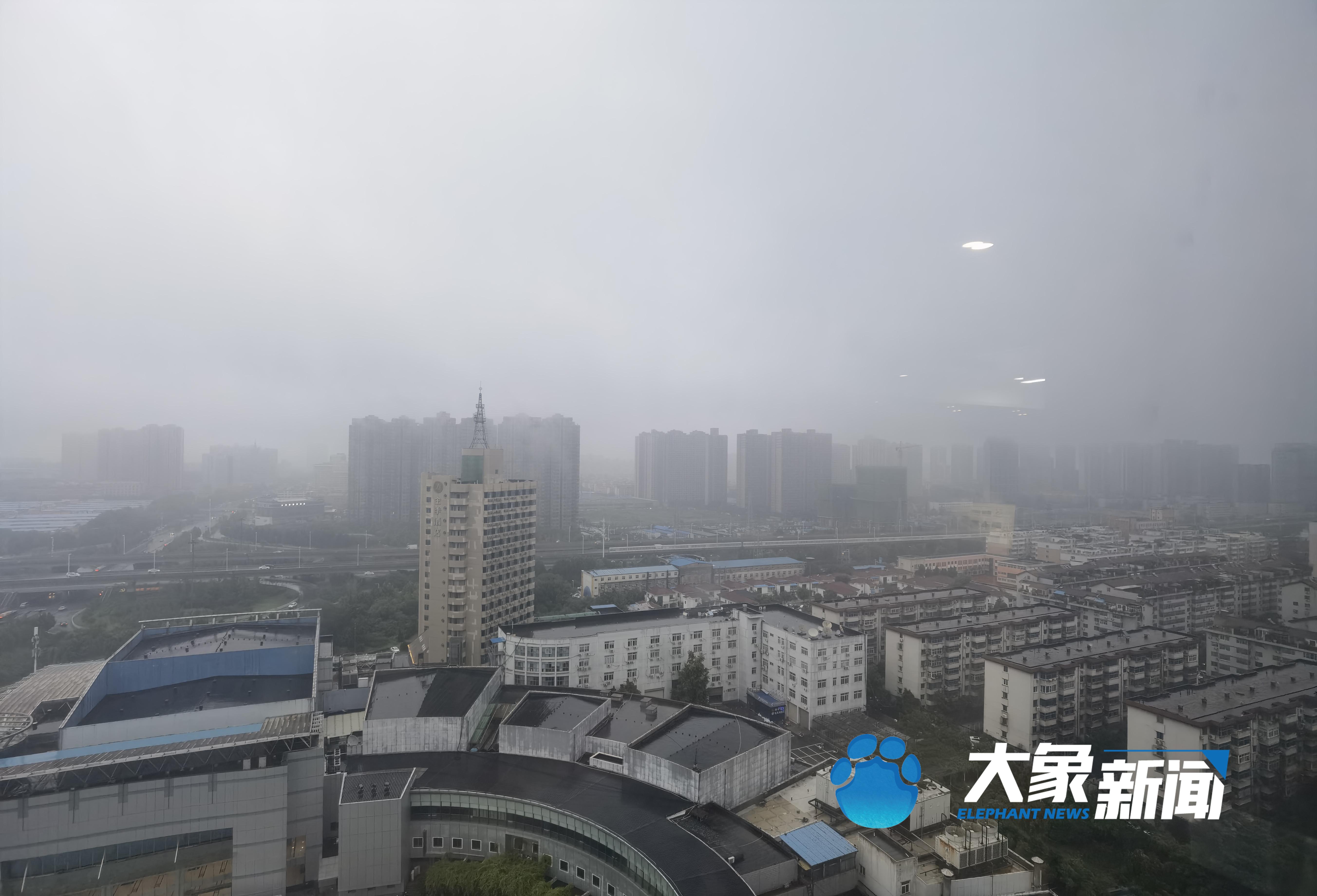 目前省内多条高速禁止上站,河南本轮降雨持续到9月初!