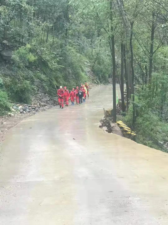 护送群众看病时发生意外,济源两位干部被洪水冲走!目前仍在搜救中