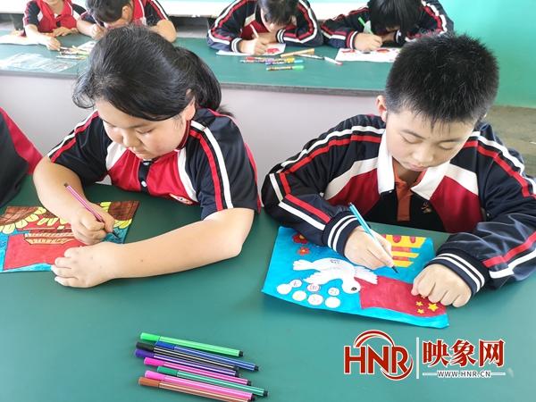 西平县专探张坡小学开展绘画比赛