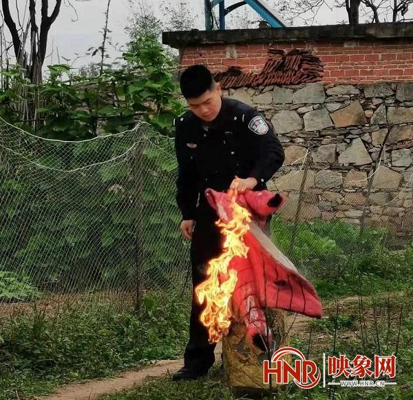 点赞!煤气罐着火 信阳平桥民警及时化解险情