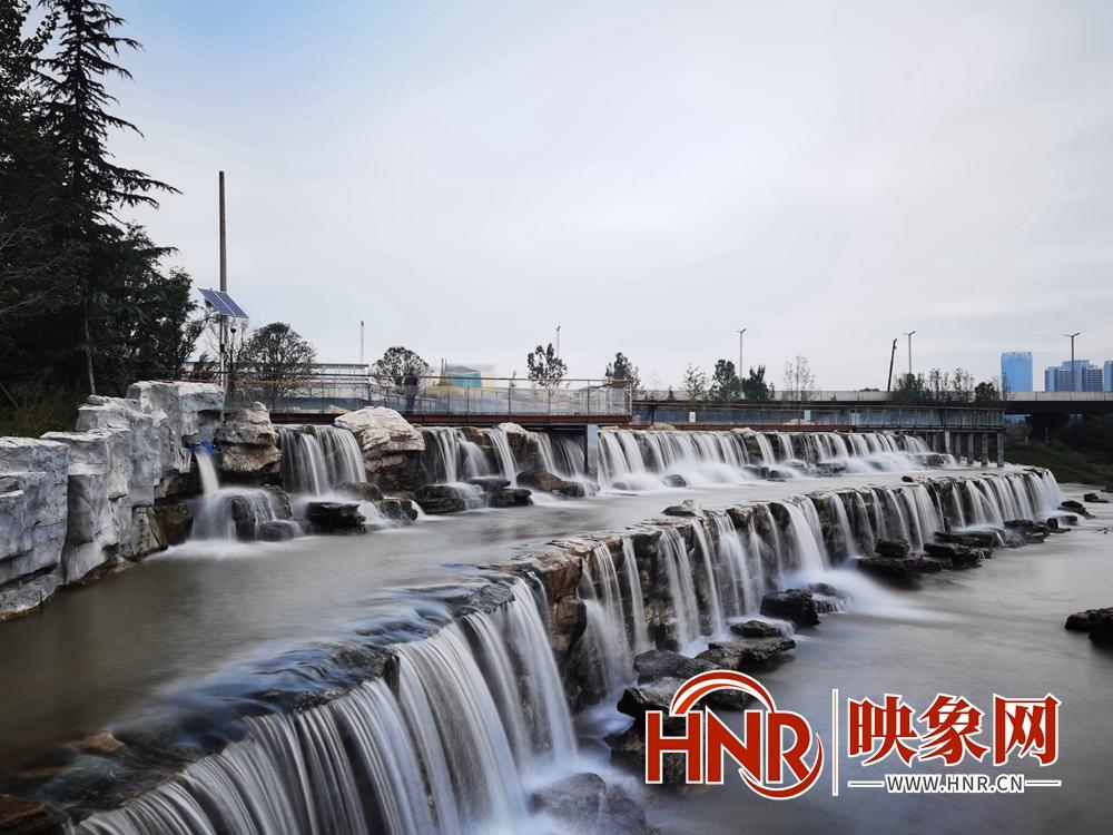 郑州市西流湖公园积极推进灾后重建 欢迎市民前来赏秋景