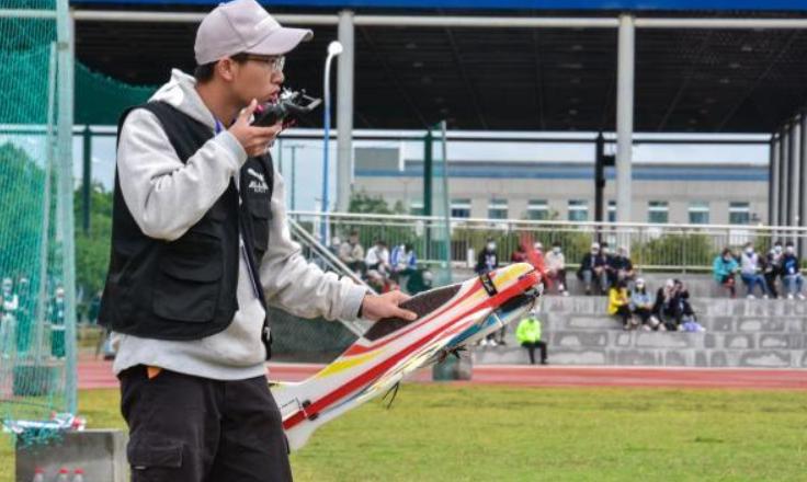 广西举行高校无人机大赛